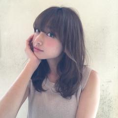 外国人風 大人かわいい ゆるふわ アッシュ ヘアスタイルや髪型の写真・画像