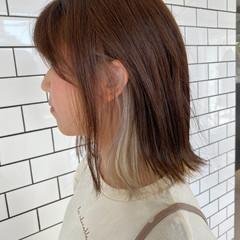 ナチュラル インナーカラー 透明感カラー アッシュベージュ ヘアスタイルや髪型の写真・画像