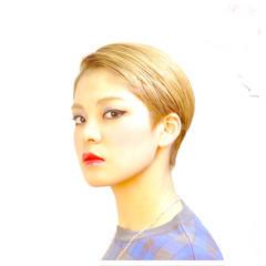 ブリーチ ヌーディベージュ ショート ベージュ ヘアスタイルや髪型の写真・画像