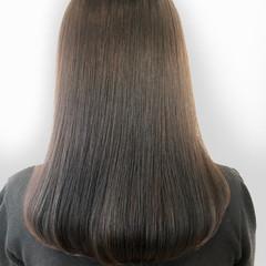 セミロング デート 大人女子 ナチュラル ヘアスタイルや髪型の写真・画像