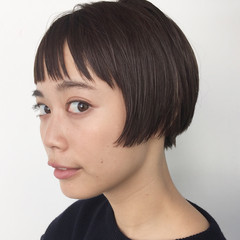 ストレート ショートボブ モード 透明感 ヘアスタイルや髪型の写真・画像
