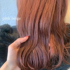 ピンクベージュ 春ヘア ベリーピンク ナチュラル ヘアスタイルや髪型の写真・画像