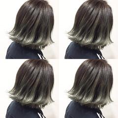 アッシュ ボブ ガーリー グレージュ ヘアスタイルや髪型の写真・画像