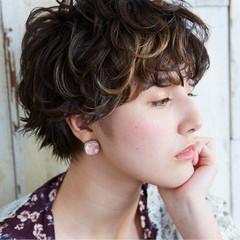 ウェットヘア ナチュラル 涼しげ ショート ヘアスタイルや髪型の写真・画像
