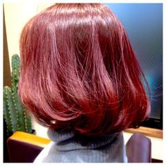 ナチュラル ビビッドカラー ピンク ボブ ヘアスタイルや髪型の写真・画像