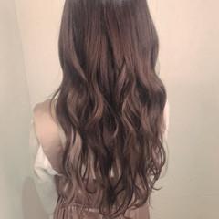 エクステ フェミニン インナーカラー イルミナカラー ヘアスタイルや髪型の写真・画像
