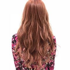 ブリーチ ロング ピンク ダブルカラー ヘアスタイルや髪型の写真・画像