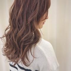 ピンク ウェーブ 冬 ゆるふわ ヘアスタイルや髪型の写真・画像