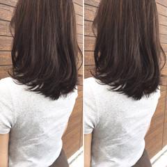 大人女子 パーマ ナチュラル レイヤーカット ヘアスタイルや髪型の写真・画像