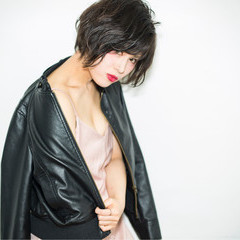黒髪 大人かわいい デート アッシュ ヘアスタイルや髪型の写真・画像