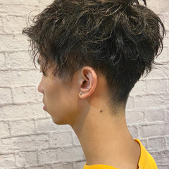 刈り上げ ナチュラル メンズカット メンズ ヘアスタイルや髪型の写真・画像