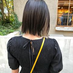 モード インナーカラー ボブ 切りっぱなしボブ ヘアスタイルや髪型の写真・画像