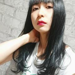 フェミニン 秋 ブルーブラック 透明感 ヘアスタイルや髪型の写真・画像