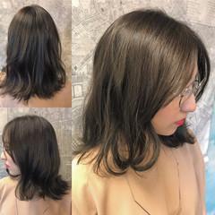 イルミナカラー 大人かわいい フェミニン アッシュ ヘアスタイルや髪型の写真・画像