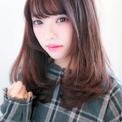 フェミニン ミディアム ナチュラル モテ髪 ヘアスタイルや髪型の写真・画像