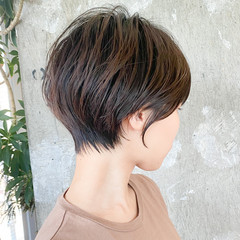 大人ショート ナチュラル ショートヘア 丸みショート ヘアスタイルや髪型の写真・画像