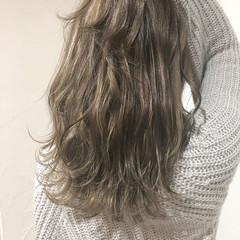 ロング デート オフィス ナチュラル ヘアスタイルや髪型の写真・画像