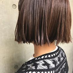ハイライト 色気 ボブ ミルクティー ヘアスタイルや髪型の写真・画像