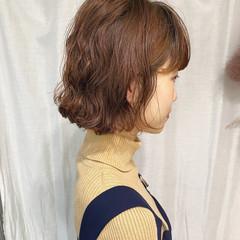 外ハネボブ パーマボブ 切りっぱなしボブ ミニボブ ヘアスタイルや髪型の写真・画像
