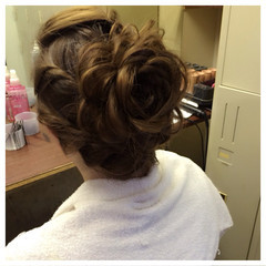 ねじり かわいい アップスタイル ヘアアレンジ ヘアスタイルや髪型の写真・画像