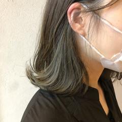 ロング オリーブベージュ オリーブカラー オリーブグレージュ ヘアスタイルや髪型の写真・画像