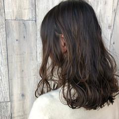 こなれ感 デート 外ハネ セミロング ヘアスタイルや髪型の写真・画像