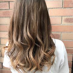 ハイライト 秋 フェミニン セミロング ヘアスタイルや髪型の写真・画像