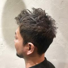 ブリーチ ダブルカラー ベージュ ストリート ヘアスタイルや髪型の写真・画像