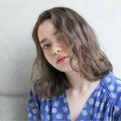 アンニュイ 愛され ゆるふわ リラックス ヘアスタイルや髪型の写真・画像