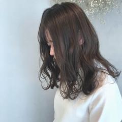 ヘアアレンジ セミロング デート ナチュラル ヘアスタイルや髪型の写真・画像