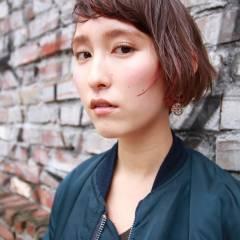 ストレート マルサラ ストリート ウェットヘア ヘアスタイルや髪型の写真・画像