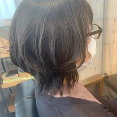 ナチュラル ミディアム ウルフカット ヘアスタイルや髪型の写真・画像