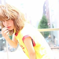 ストリート 抜け感 ミディアム うざバング ヘアスタイルや髪型の写真・画像