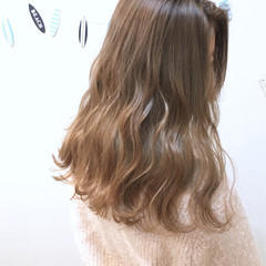 透明感 ミルクティー ナチュラル かわいい ヘアスタイルや髪型の写真・画像