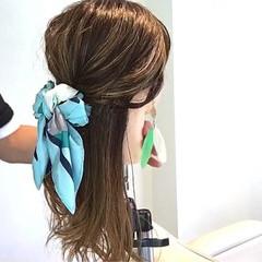 エレガント オフィス 簡単ヘアアレンジ ヘアアレンジ ヘアスタイルや髪型の写真・画像