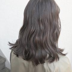 学校 セミロング イルミナカラー 黒髪 ヘアスタイルや髪型の写真・画像