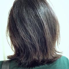 冬 おフェロ ボブ グレージュ ヘアスタイルや髪型の写真・画像