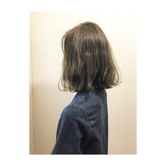 ミディアム ハイライト ガーリー グレージュ ヘアスタイルや髪型の写真・画像
