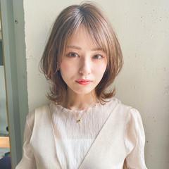 ミディアム 大人かわいい ナチュラル デート ヘアスタイルや髪型の写真・画像