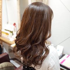 カール ロング デジタルパーマ ゆるふわ ヘアスタイルや髪型の写真・画像