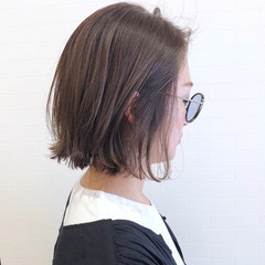 ミニボブ 切りっぱなしボブ 大人ハイライト ベージュ ヘアスタイルや髪型の写真・画像