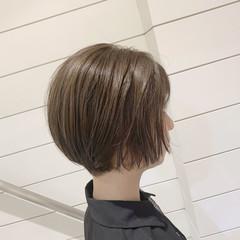 透明感 ナチュラル ベージュ ショートボブ ヘアスタイルや髪型の写真・画像
