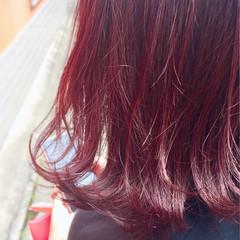 チェリーレッド ベリーピンク ボブ カシスレッド ヘアスタイルや髪型の写真・画像