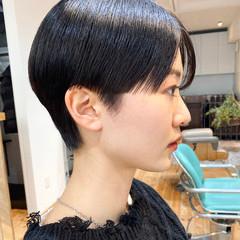 モード 小顔ショート センターパート ショートヘア ヘアスタイルや髪型の写真・画像
