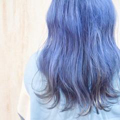 ネイビーブルー ミディアム ダブルブリーチ ネイビー ヘアスタイルや髪型の写真・画像