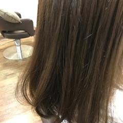 秋 リラックス 透明感 セミロング ヘアスタイルや髪型の写真・画像