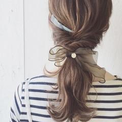 ポニーテール ナチュラル 簡単ヘアアレンジ ミディアム ヘアスタイルや髪型の写真・画像