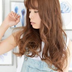 大人かわいい ゆるふわ 抜け感 ロング ヘアスタイルや髪型の写真・画像