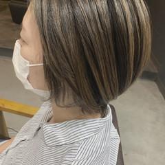コントラストハイライト ショート 大人かわいい 透明感 ヘアスタイルや髪型の写真・画像