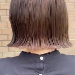 切りっぱなしボブ ボブ ミニボブ アッシュグレー ヘアスタイルや髪型の写真・画像